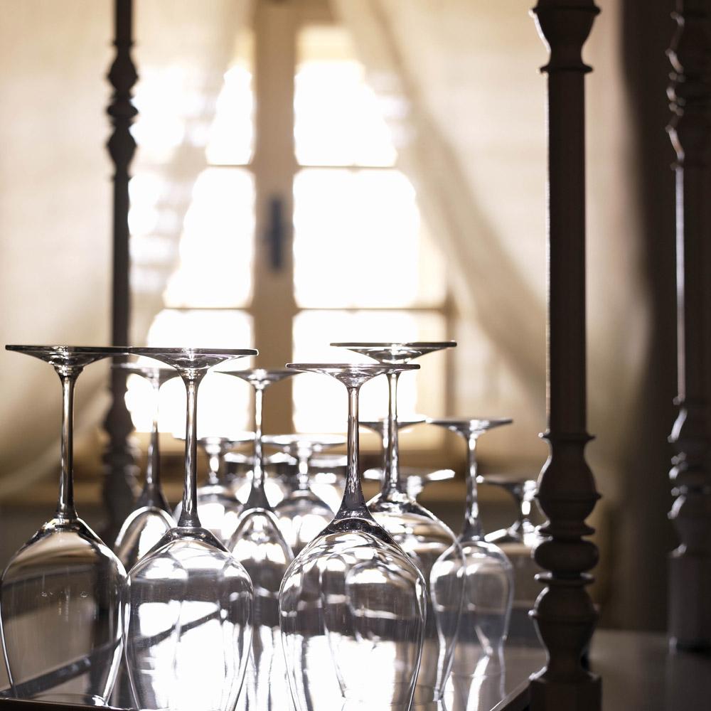 Reservations-Lesic-Dimitri-Hotel-1