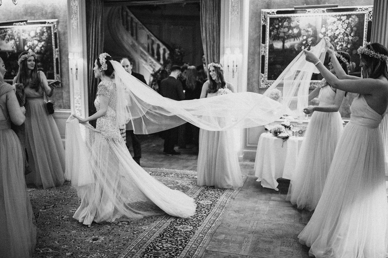 Emma's gown gang wearing  Luna  - Photo  Benjamin Wheeler