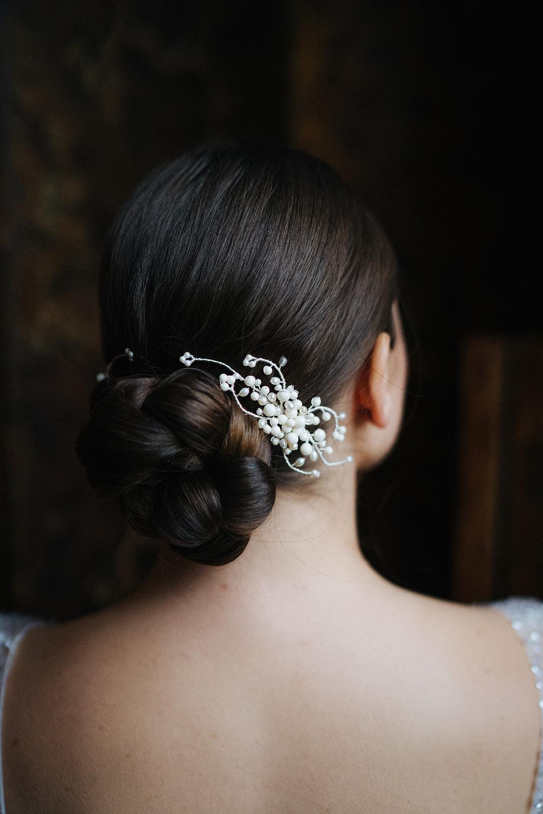 VICTORIA FERGUSSON ACCESSORIES  Cherish hair clip  £145.00