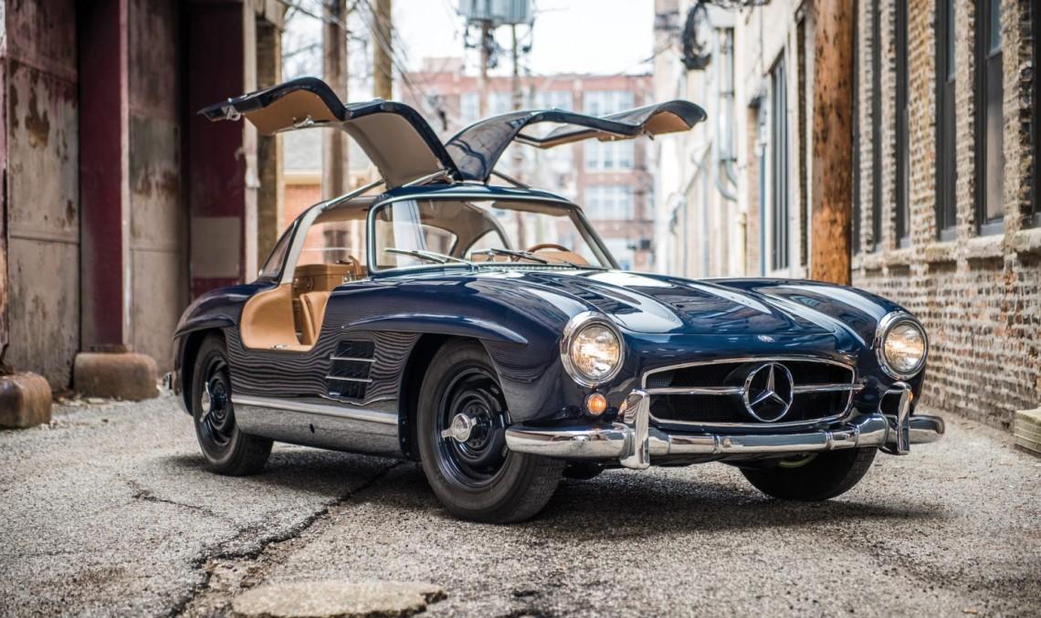 Mercedes-Benz-300-SL-Gullwing-1-1480x988-1140x677.jpg