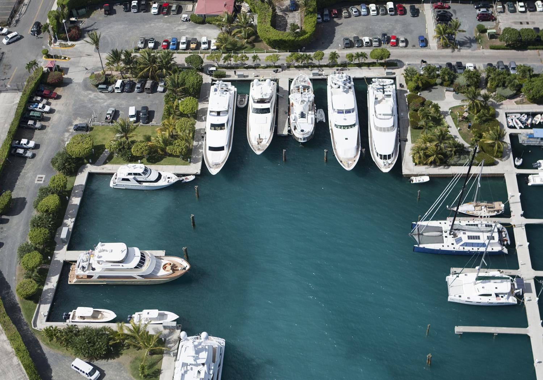 Bacchus-Luxury-Yacht-Gallery-3.jpg