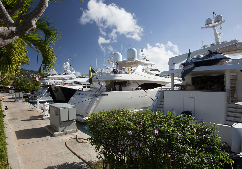 Bacchus-Luxury-Yacht-Gallery-11.jpg
