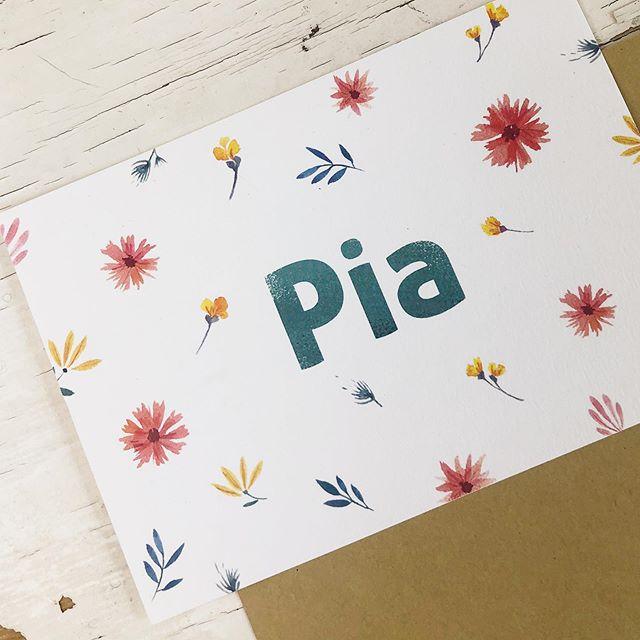 Hello lovely Pia 🌸 . . . #watercolor #wildflowers #birthcard #baby #flowers #minimal #summerflowers #birthannouncement #graphicdesign #geboortekaartje #aquarel #geboorte #invitationdesign #wildebloemen #babygirl #meisje #antwerpen  #lauramuls #aquarelle #handpainted