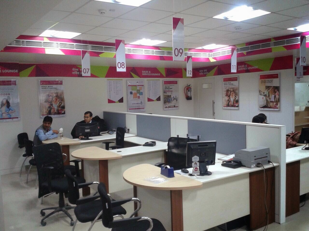 Axis bank branches designed to suit every need and comfort of the customer to the highest order. A customer centric design approach that ensures customer comfort and hence builds better relations and brand loyalty within the customers.