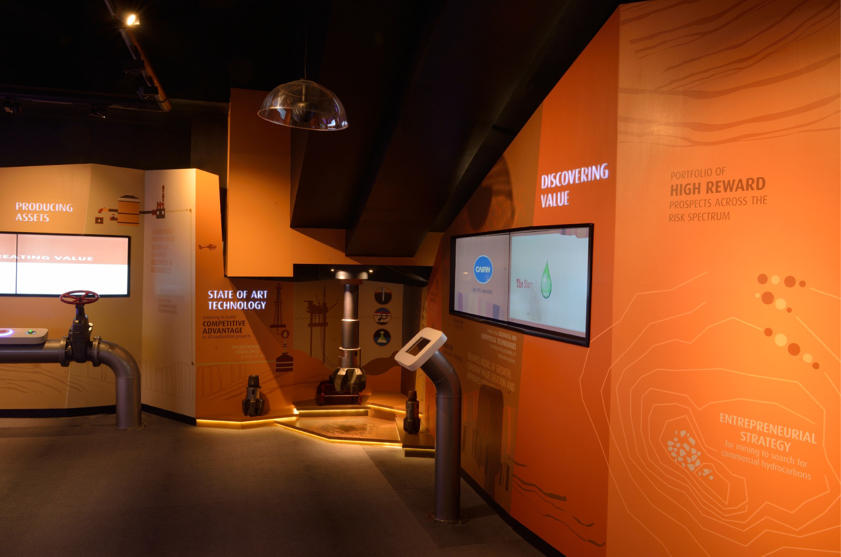 Cairn Experience Centre_Branded Spaces_Elephant Design_2.jpg