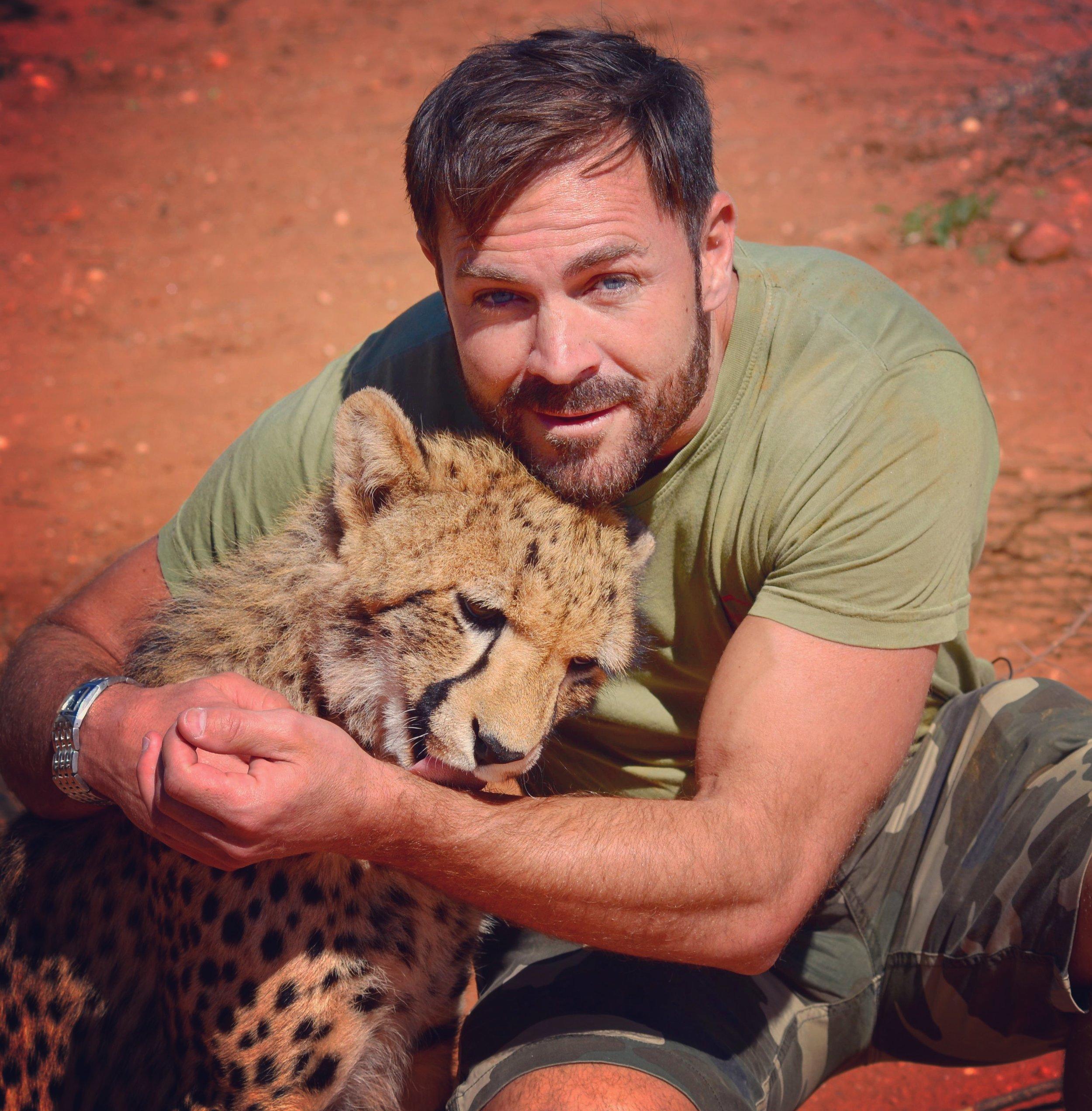 Nicholas Daines - Wildlife Tv Presenter
