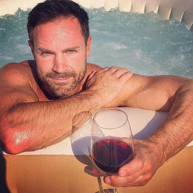 Nicholas Daines - Wine Life Tv Presenter