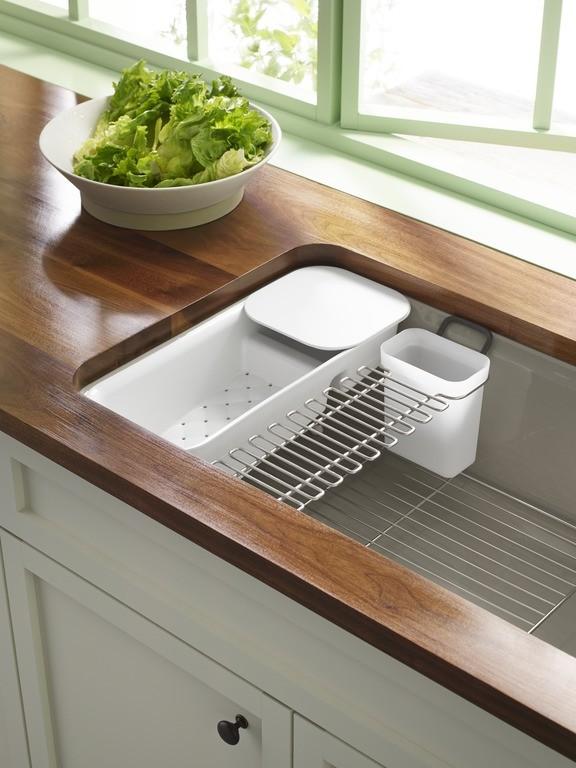 Riverby Sink 5871-5UA3 w/ accessories