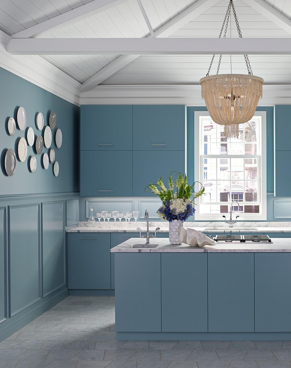 Essex Kitchen & Bar Faucets 8762, Hartland Kitchen Sink 5818, Northland Bar Sinks 5818