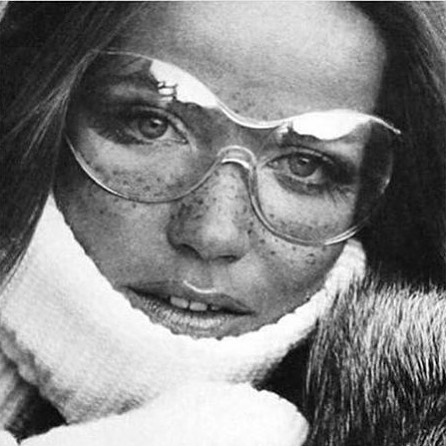 I have some very fun #skifashion news coming up! Is it winter yet? 🚨 #photoresearch #ski