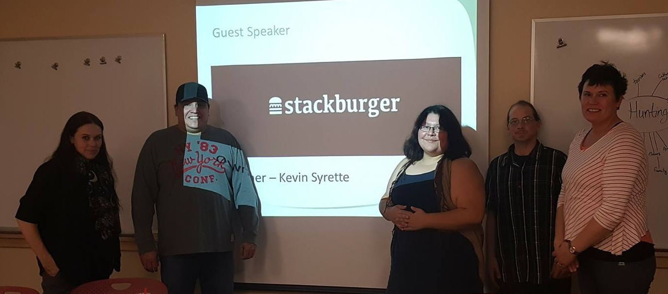 Sault Ste. Marie entrepreneur Kevin partage le cheminement dans la construction de Stackburger sur l'équilibre entre le travail et le jeu
