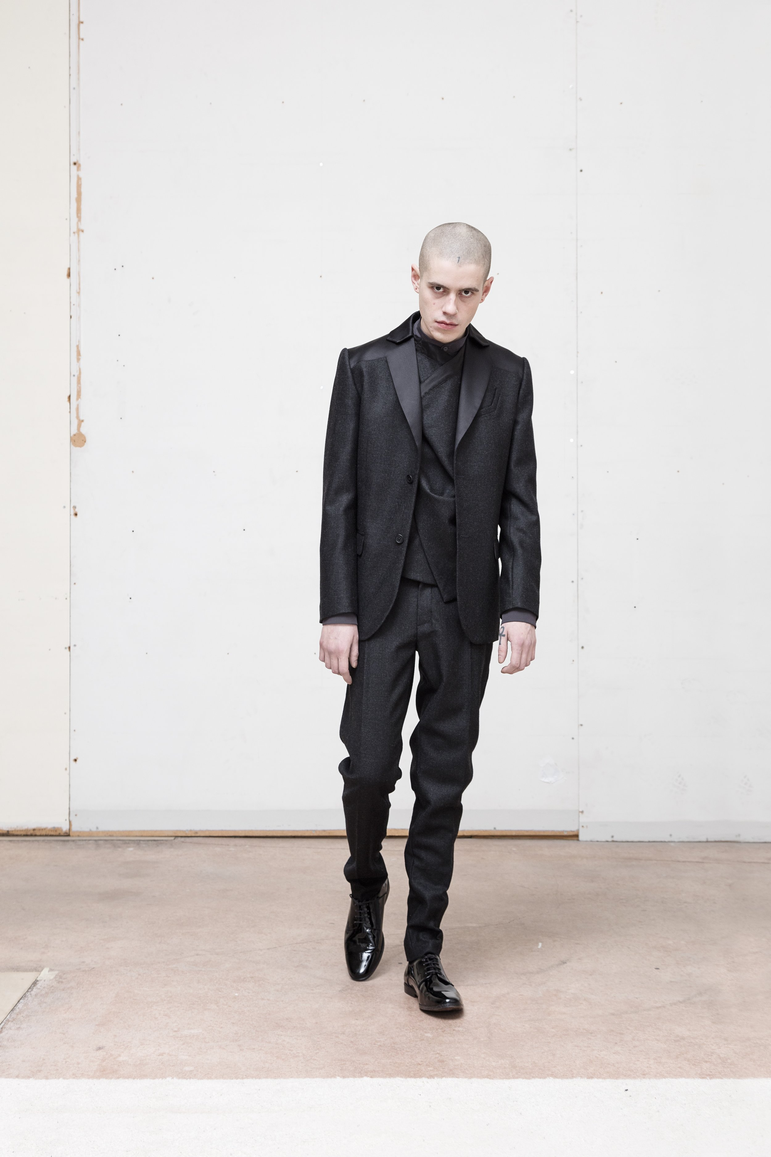 GARNISON_lookBook_FW17-1802_LOOK1.jpg