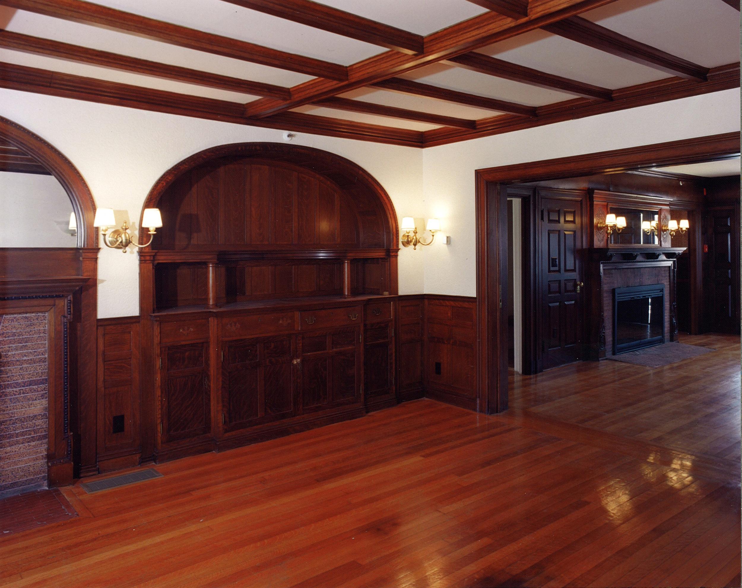 06-Interior.jpg