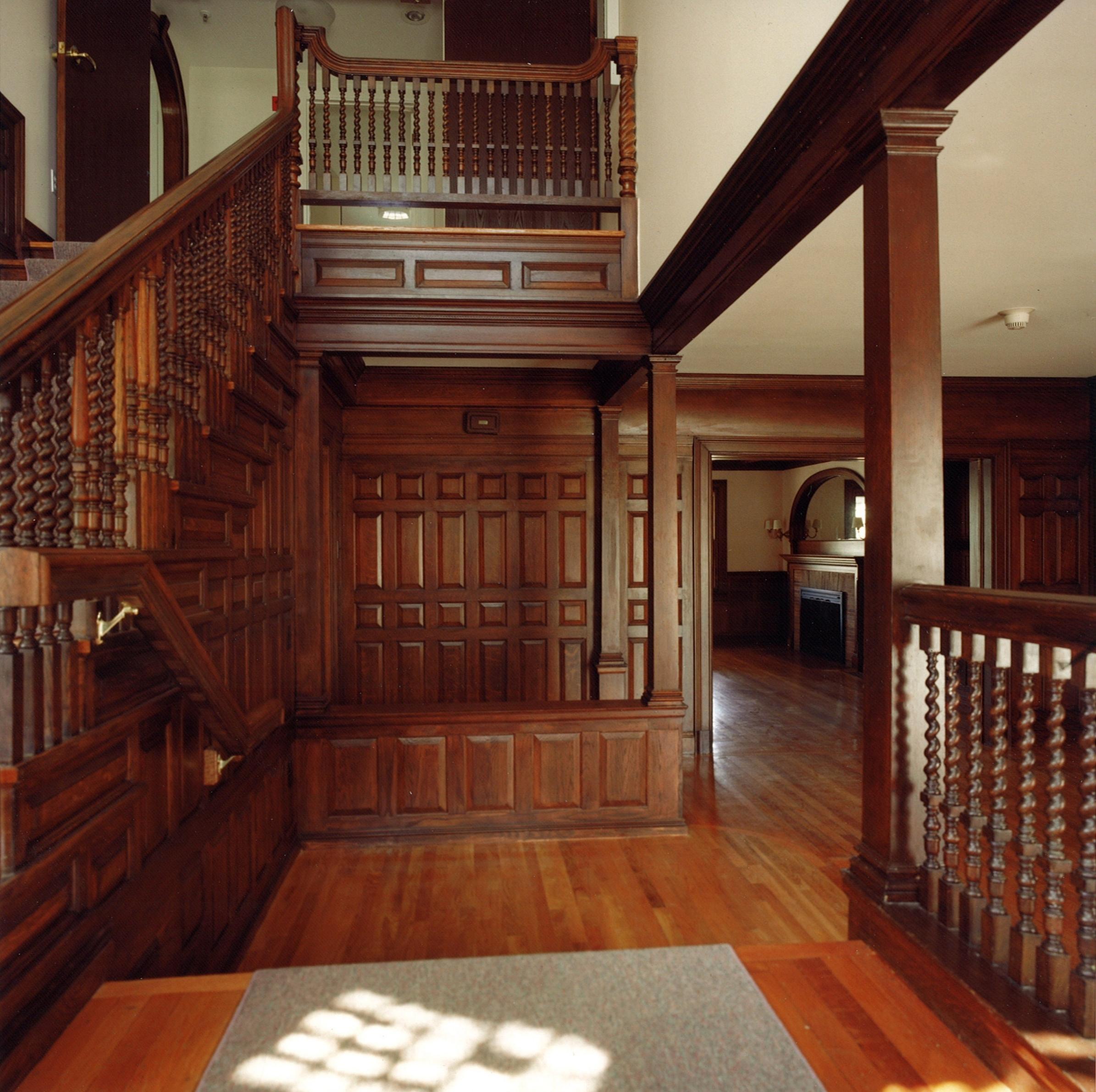 05-Interior.jpg
