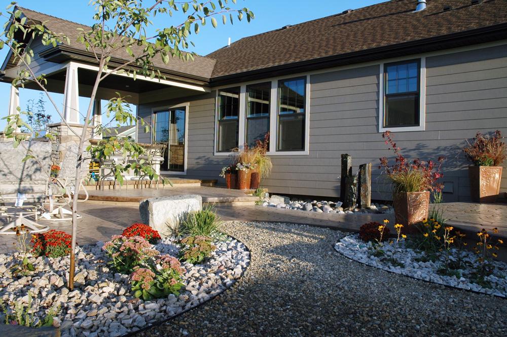 Granite-rear-landscaping.jpg
