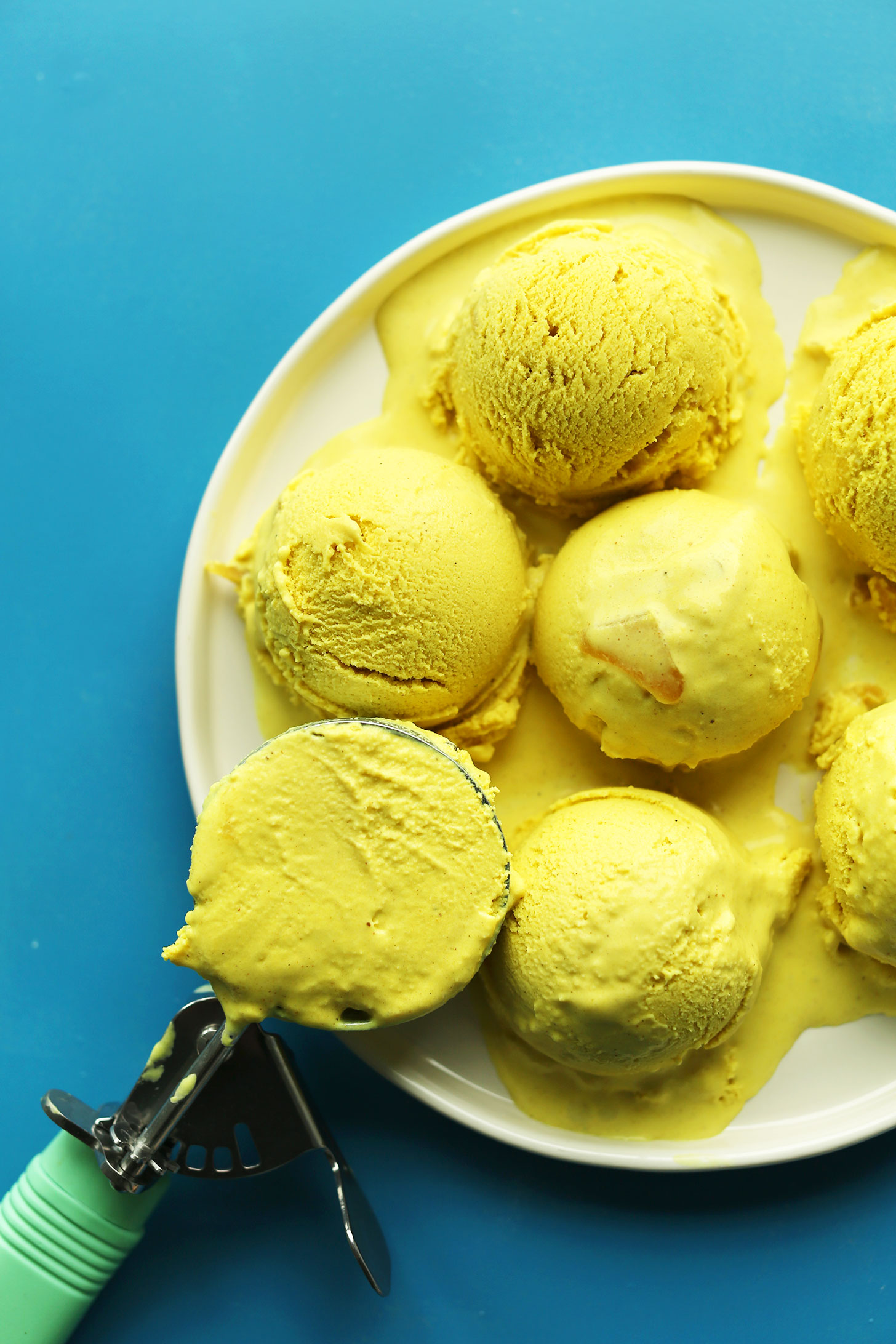 CREAMY-Golden-Milk-ICE-CREAM-vegan-glutenfree-healthy-icecream-dessert-recipe-turmeric-.jpg