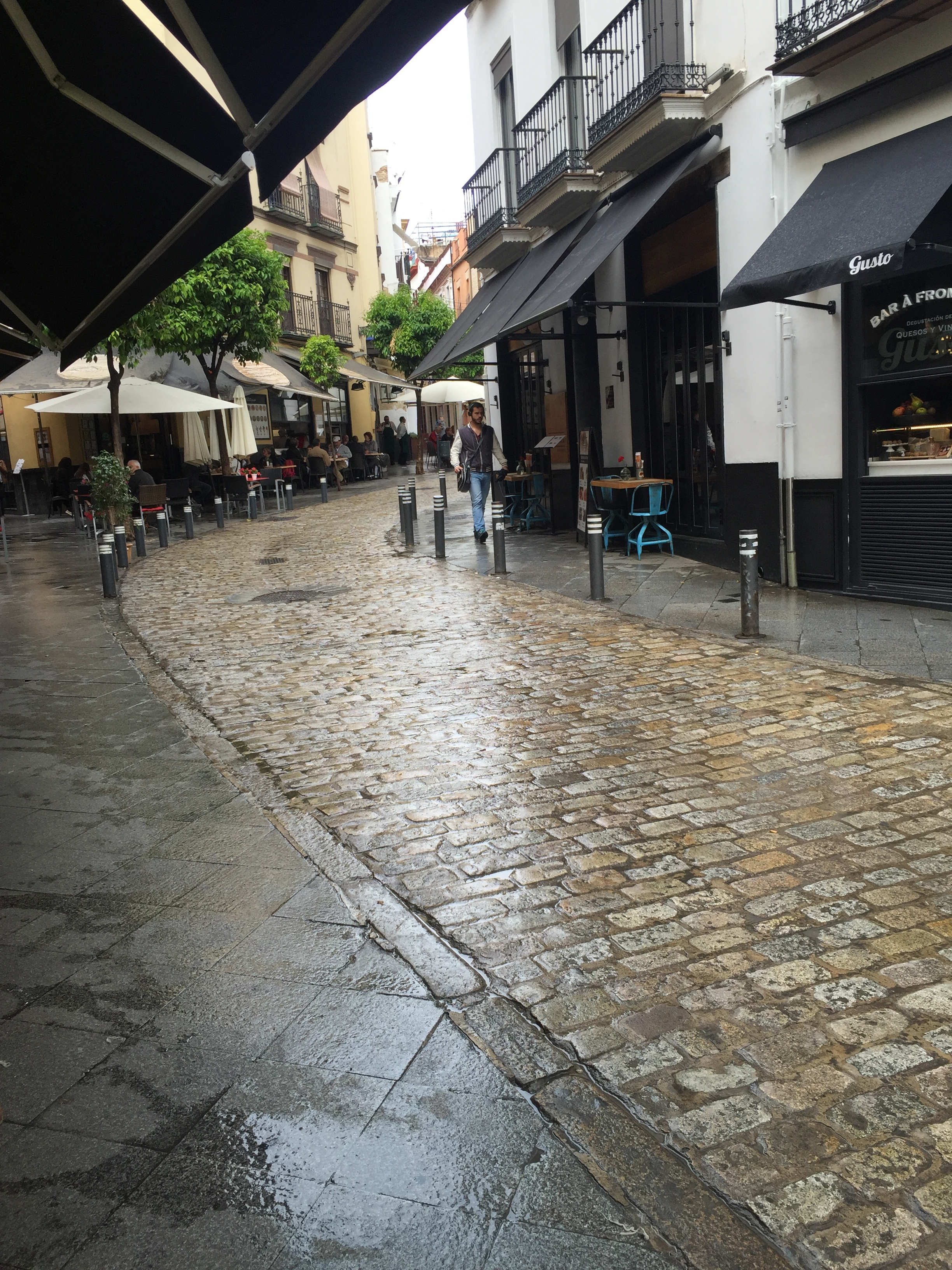 Surrounded by great tapas restaurants and bars