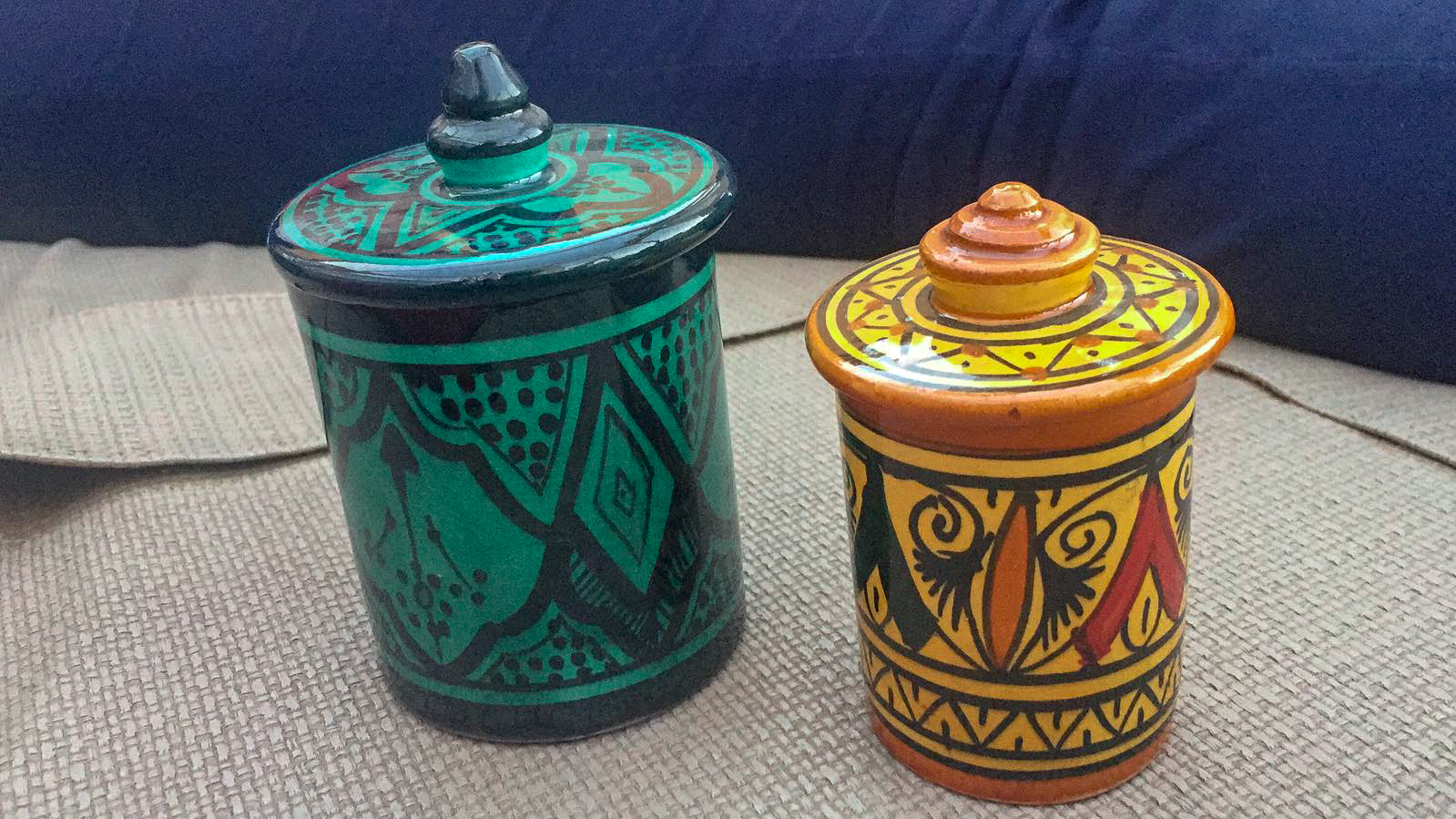 Little storage containers with typical moroccan patterns, perfect for storing sweet treats or just for decoration!