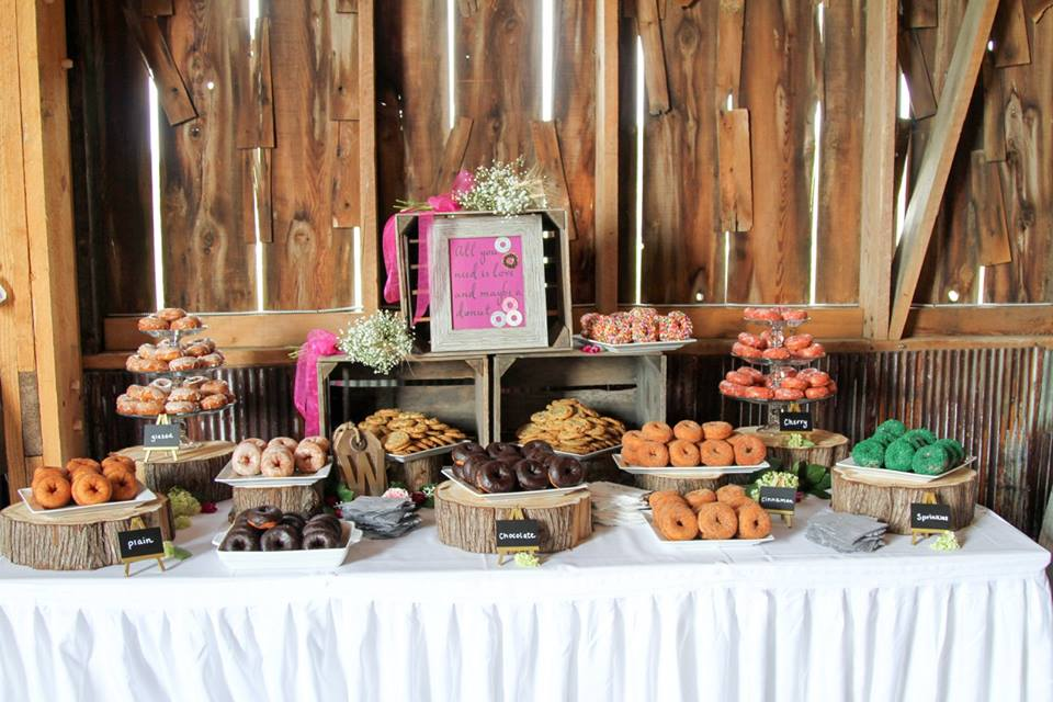 donut wedding display.jpg
