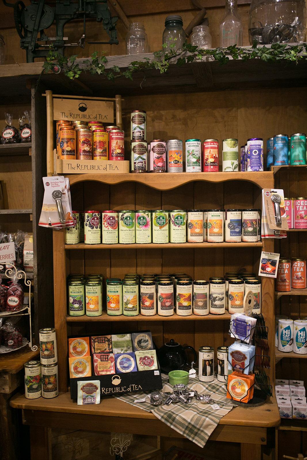 Friske Orchards Farm Market Gift shop