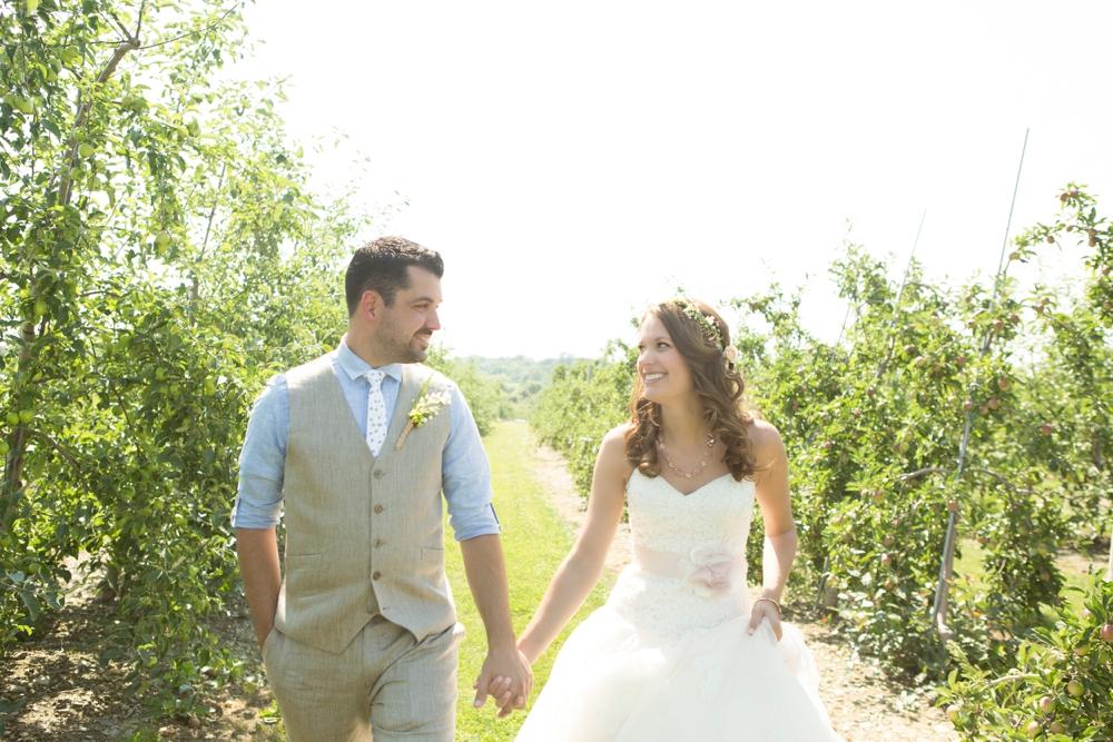 GreenvaleVineyards_Wedding_Missy&Joe_0013.jpg