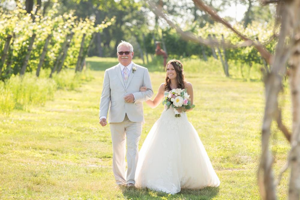 GreenvaleVineyards_Wedding_Missy&Joe_0018.jpg