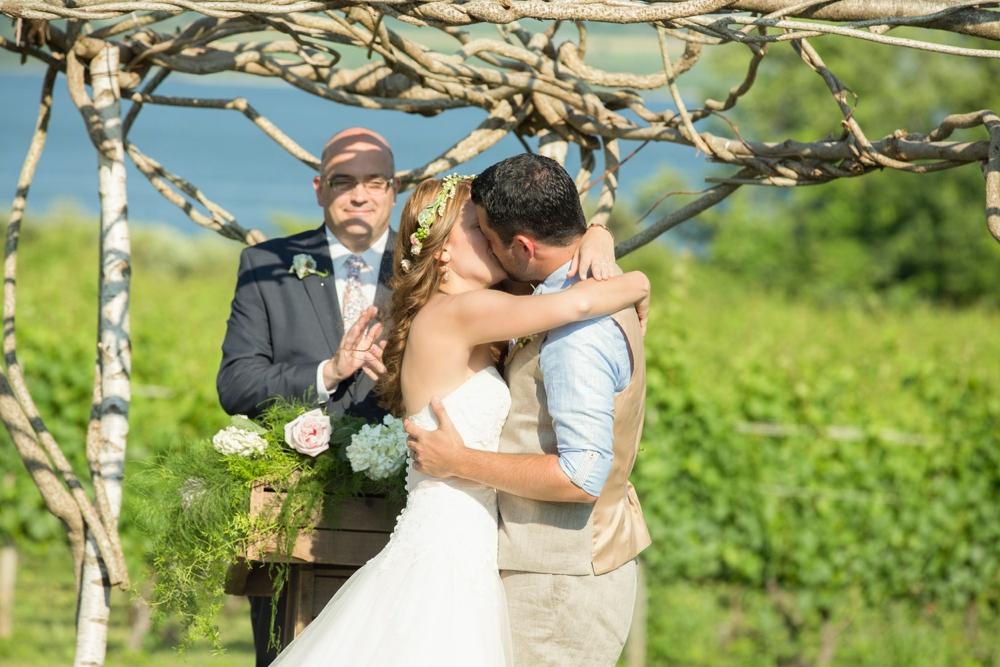 GreenvaleVineyards_Wedding_Missy&Joe_0022.jpg