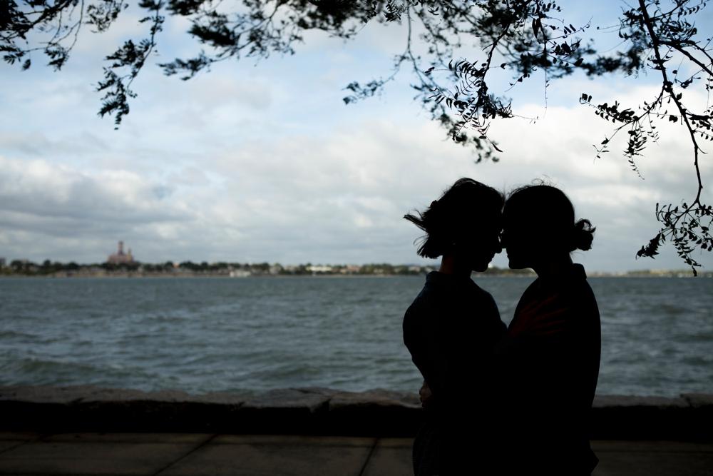 BostonHarborwak_EngagementSession_Ashley&Kim_0008.jpg