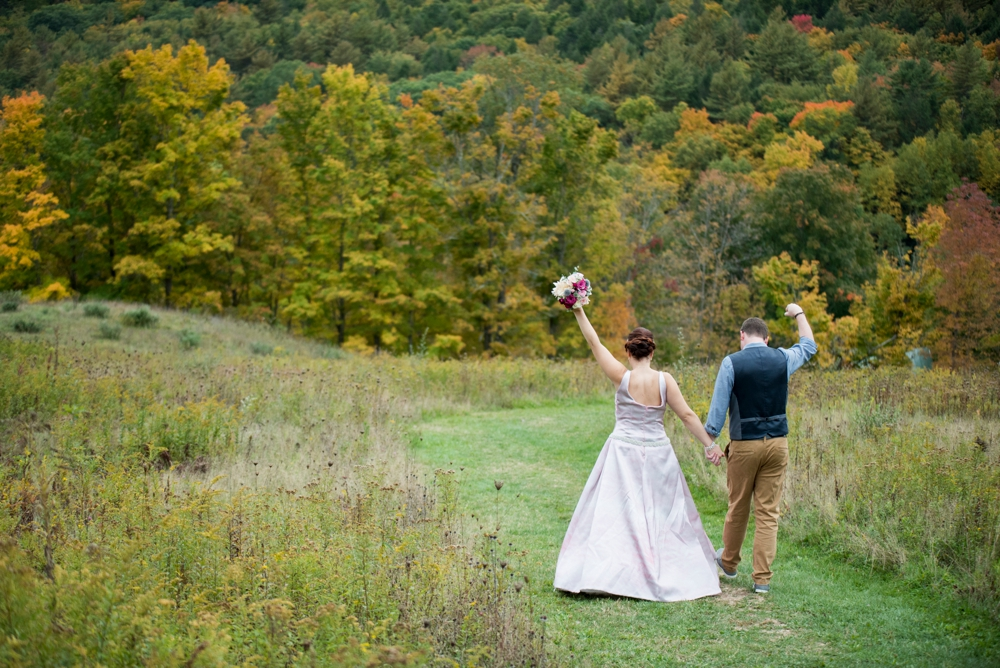 MontagueRetreatCenter_Wedding_Joanna&Bill_0049.jpg
