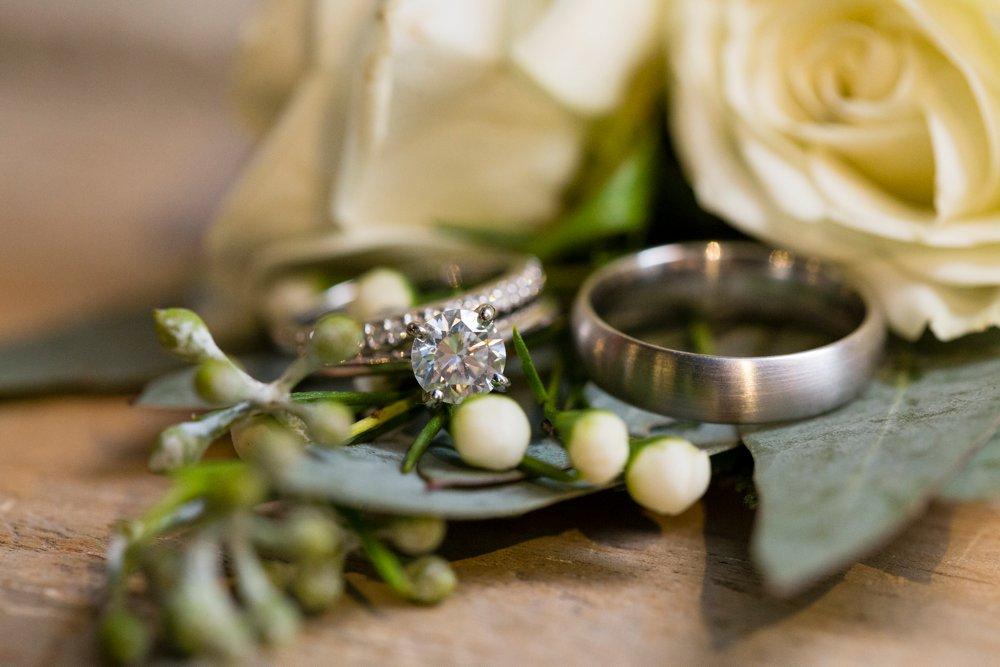 SomerbyJonesPhotography_LoyalNineWedding_LoyalNineRestaurant_LoyalNine_Wedding_0052.jpg