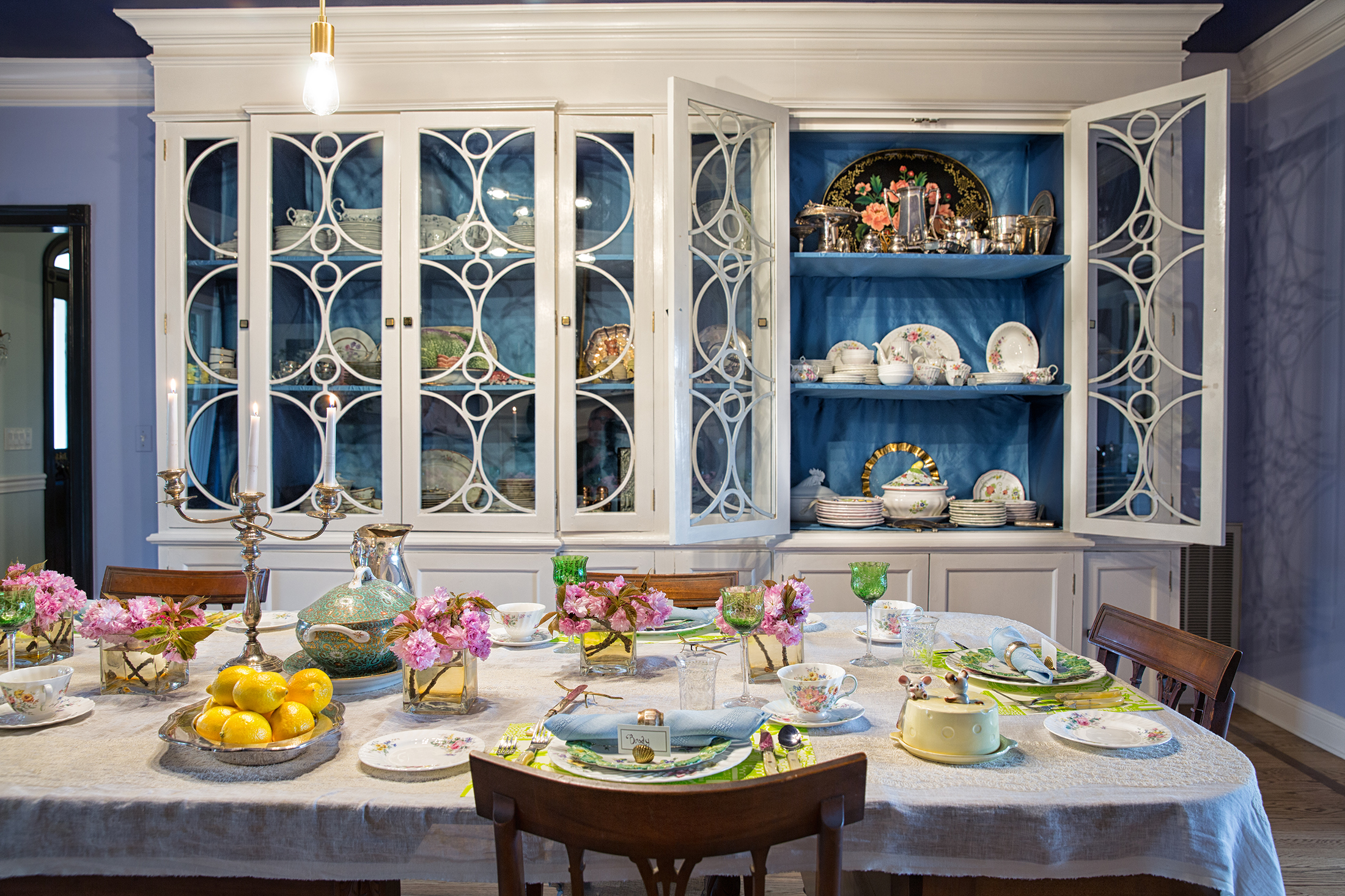 A spacious cabinet gives ample display space to vintage china and other collectibles .  Photo: Gregory Zabliski.