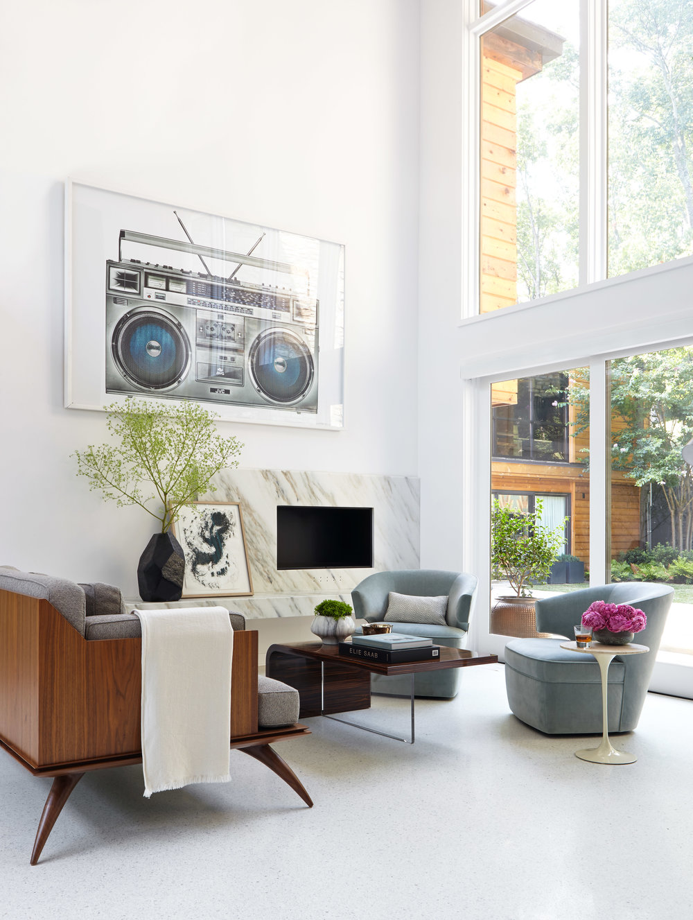 """The work of Nashville-based designer Benjamin Vandiver has caught Adie's eye. Here is a living room featured on his site from """" Gallery No. 3 """"."""
