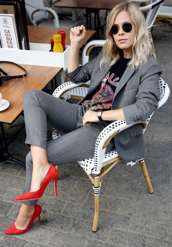 as worn by  Jessie Bush of We The People