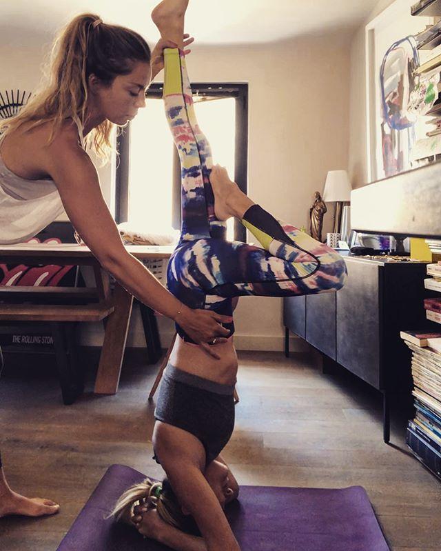 Vous accompagner ❤️ Qu'est ce que je l'aime mon métier ✨ 📸 avec la magnifique @geraldine_berlusconi 💞 #yoga #yogateacher #profdeyoga #aixyoga #privateclass #coursparticuliers #ilovemyjob #aixenprovence #aixoise #yogafrance #frenchyogateacher #flow #flowyoga
