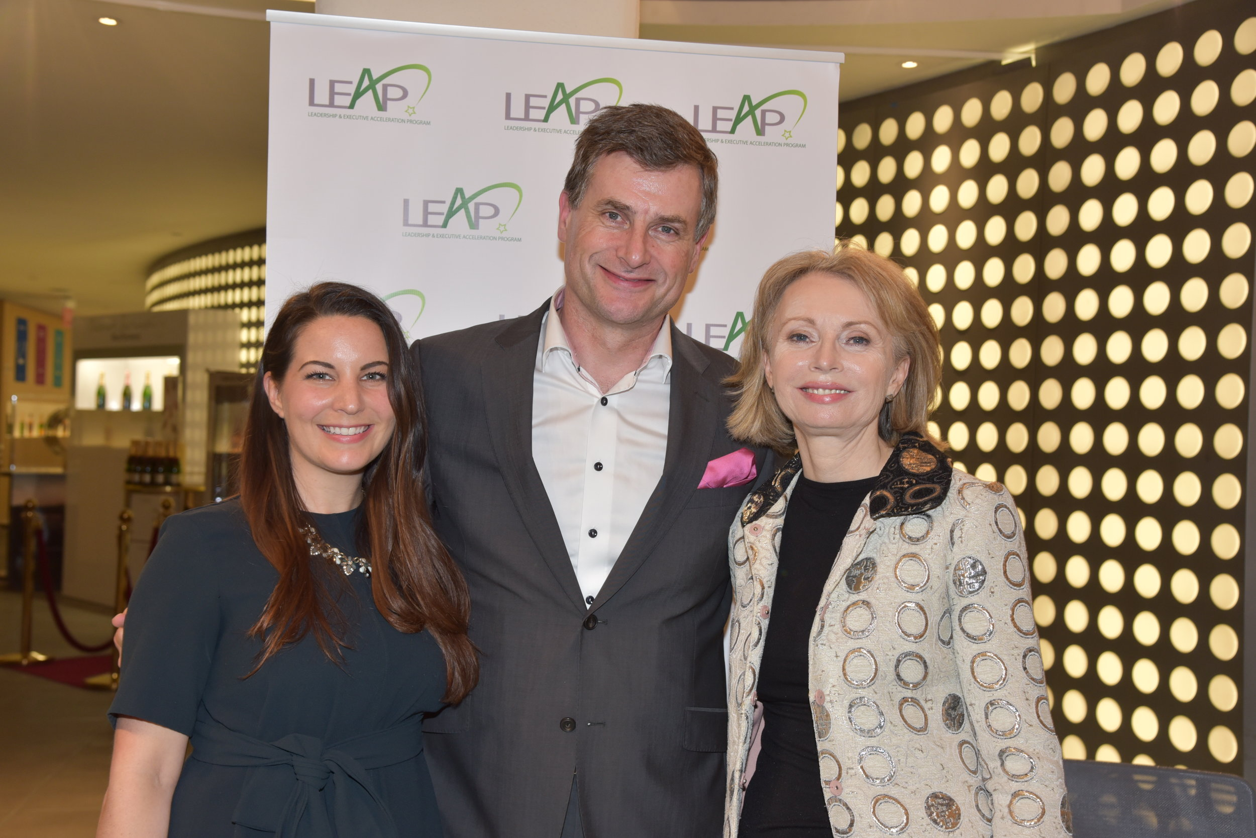 Ronan Dunne, EVP and CEO of Verizon Consumer Group  with Co-Directors of LEAP Courtney Sunna (left) andMaura Kelly (right)  at the  2019 Program Launch