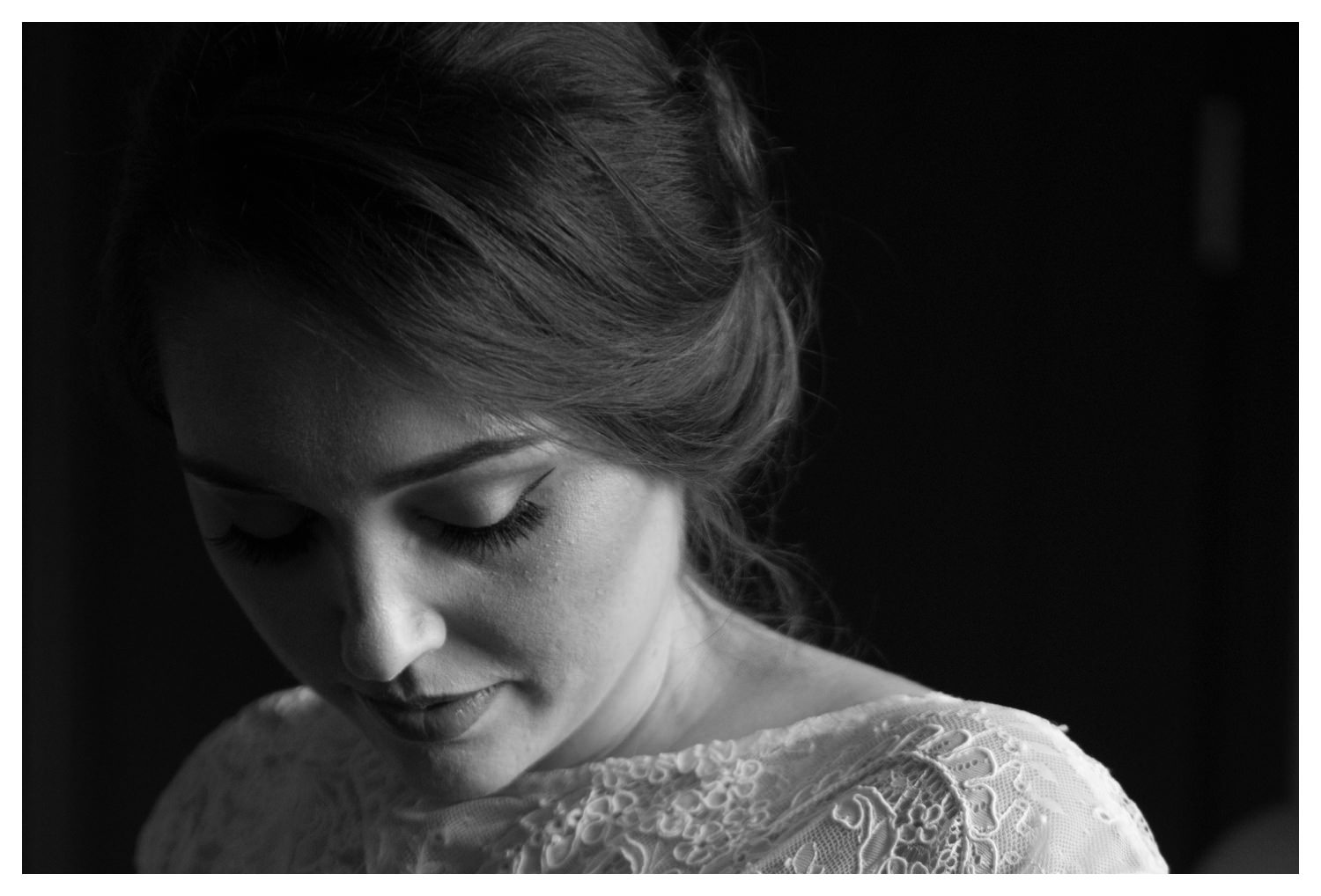 A beautiful black and white bridal portrait