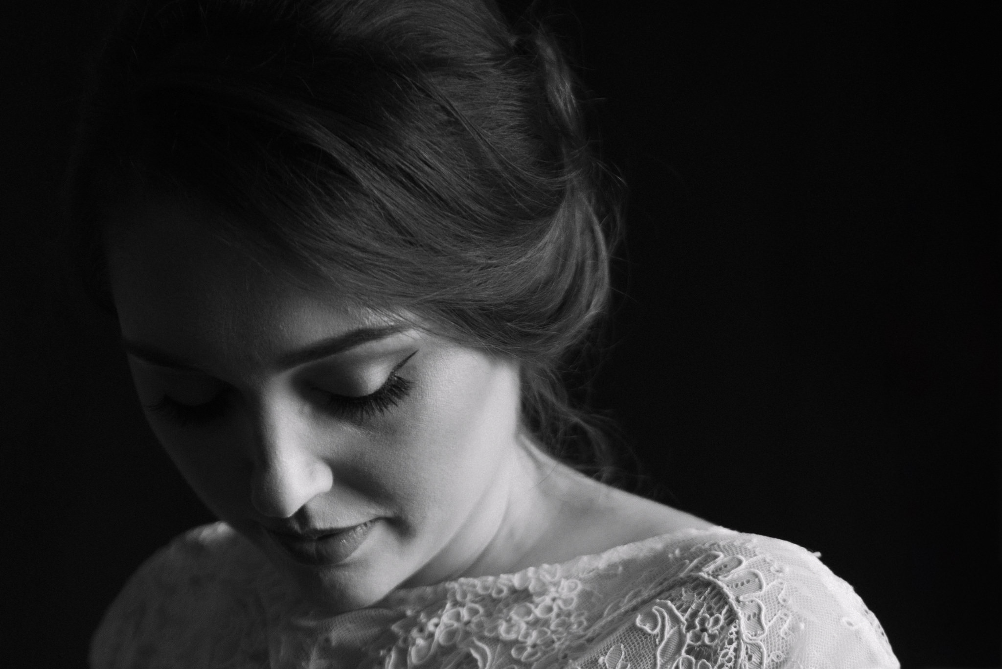 Black and White Bridal Portrait by The Singlers
