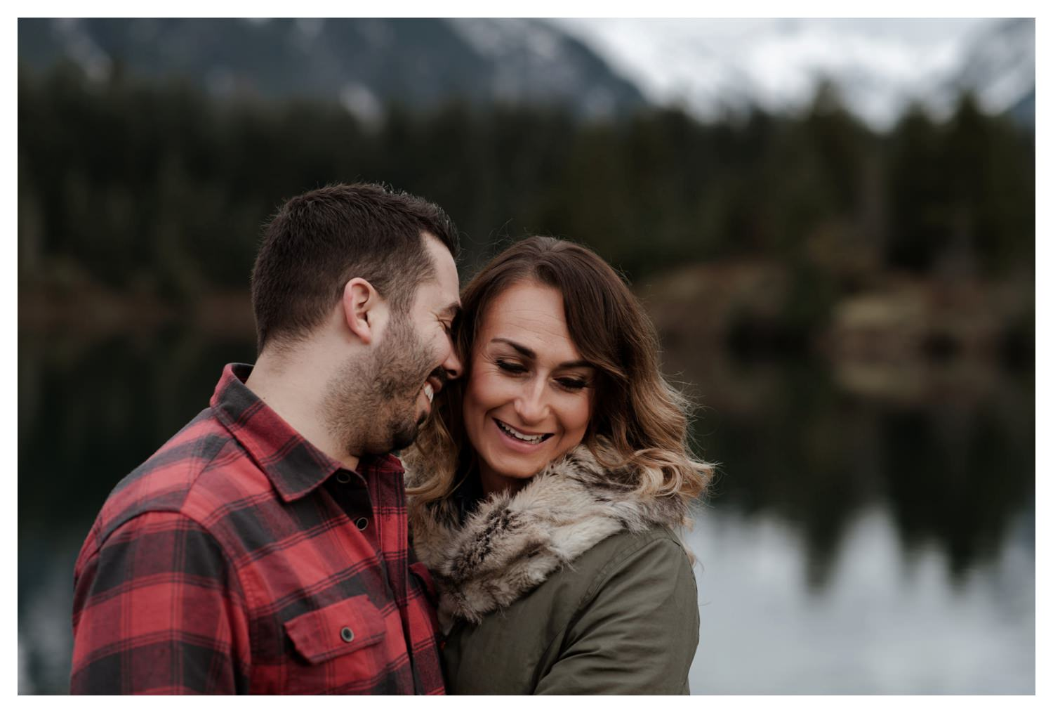 Snoqualmie_Pass_Engagement_Seattle_Wedding_Photographer_0005.jpg