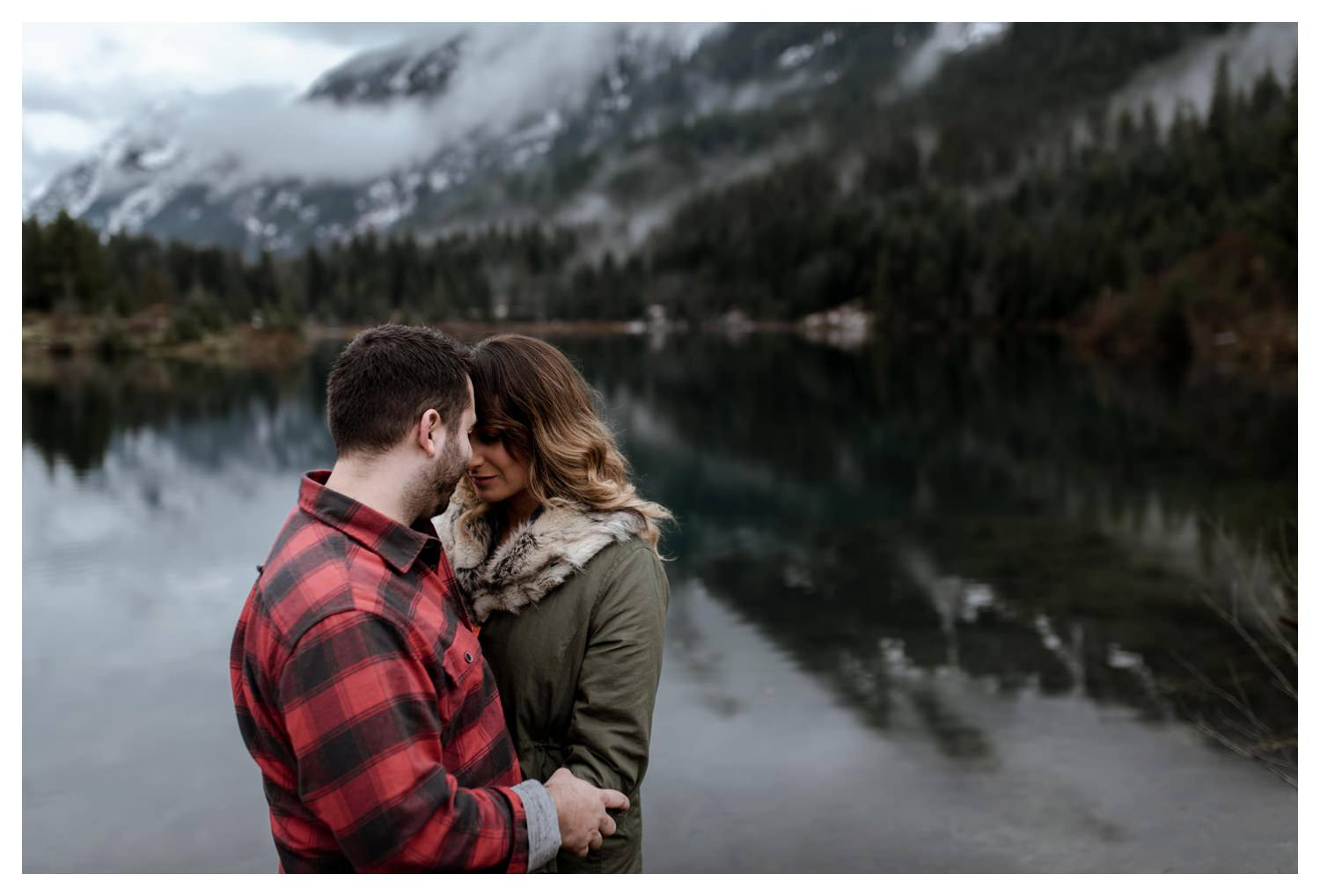 Snoqualmie_Pass_Engagement_Seattle_Wedding_Photographer_0007.jpg