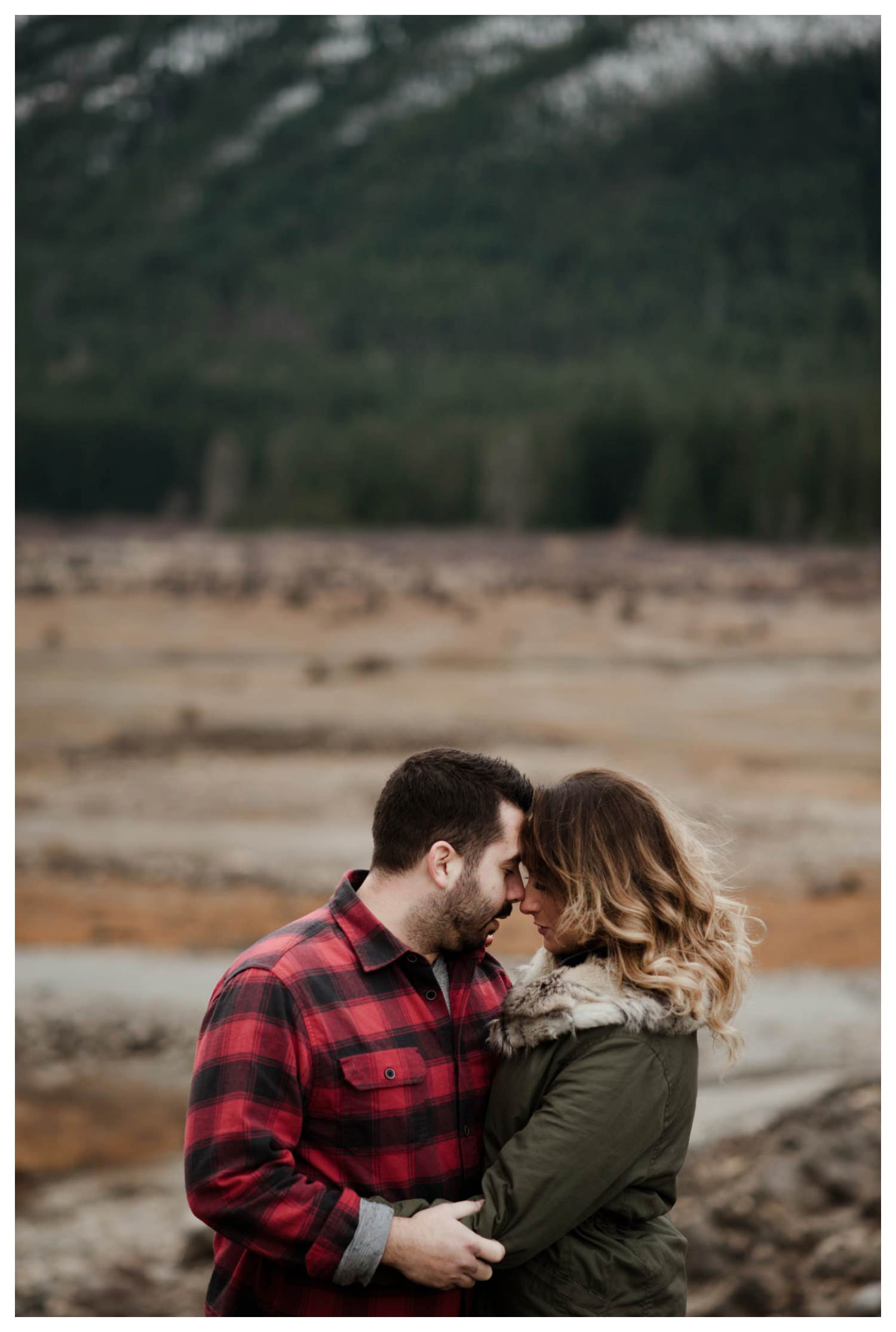 Snoqualmie_Pass_Engagement_Seattle_Wedding_Photographer_0028.jpg