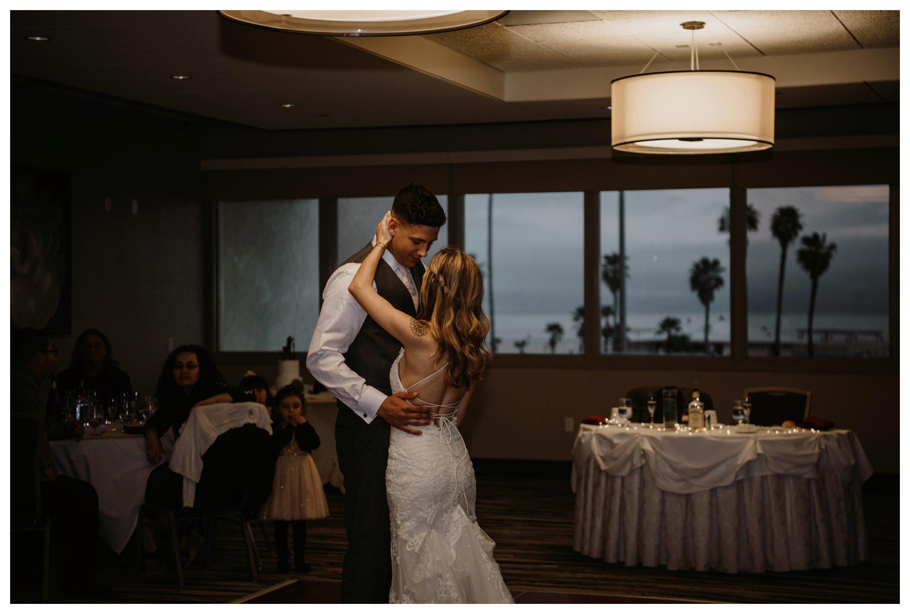 Coronado_Beach_Wedding_Singler_Photography_0045.jpg