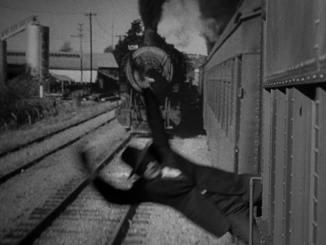 """""""L'ombra del dubbio""""(1943)"""