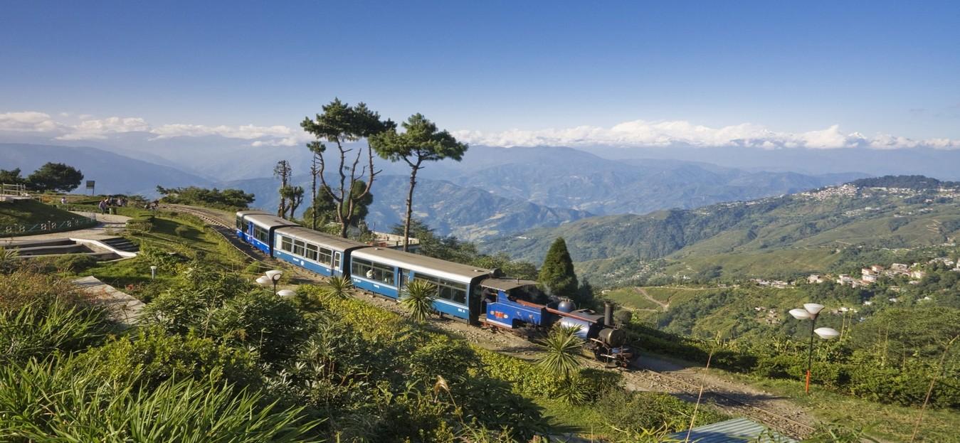 Darjeeling Himalayan Railway, Bengala occidentale.