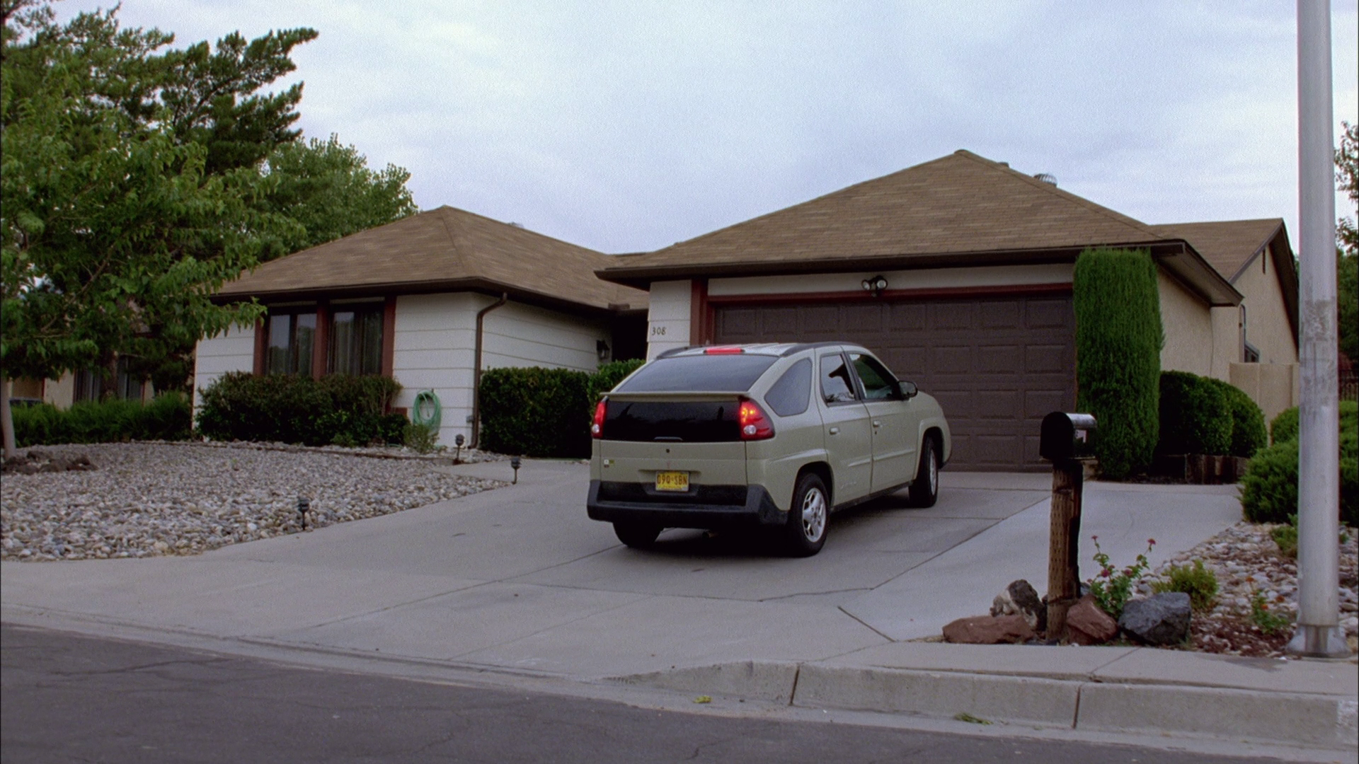 "Casa White - ""Breaking Bad""/ AMC."