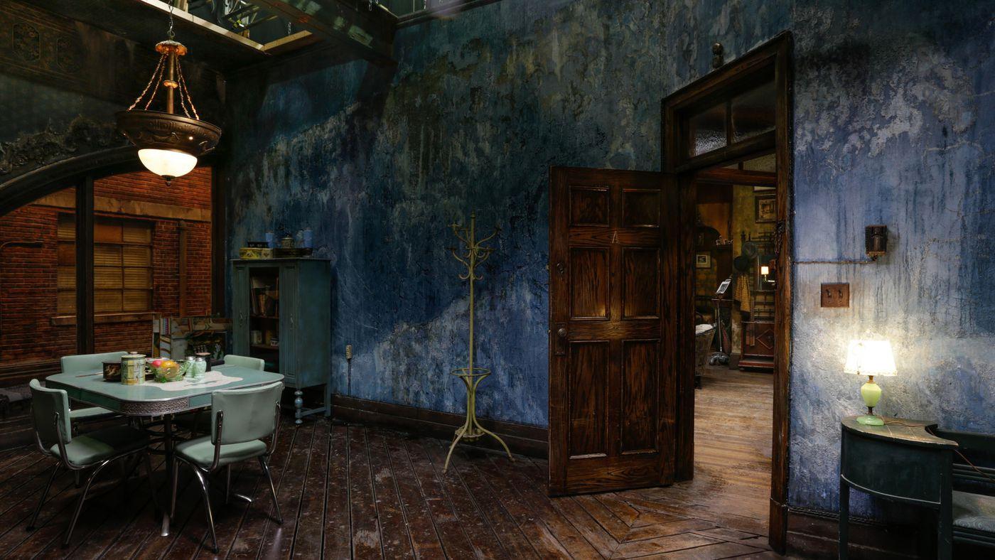 """La scenografia di Paul Austerberry per la casa di Elisa. """"The  Shape of Water"""" (2017). Fox Searchlight"""