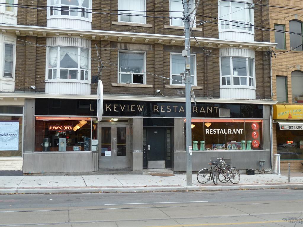 Lakeview Restaurant, Toronto, Canada. Foto di: Mark Susina http://bit.ly/2Ff1Qax
