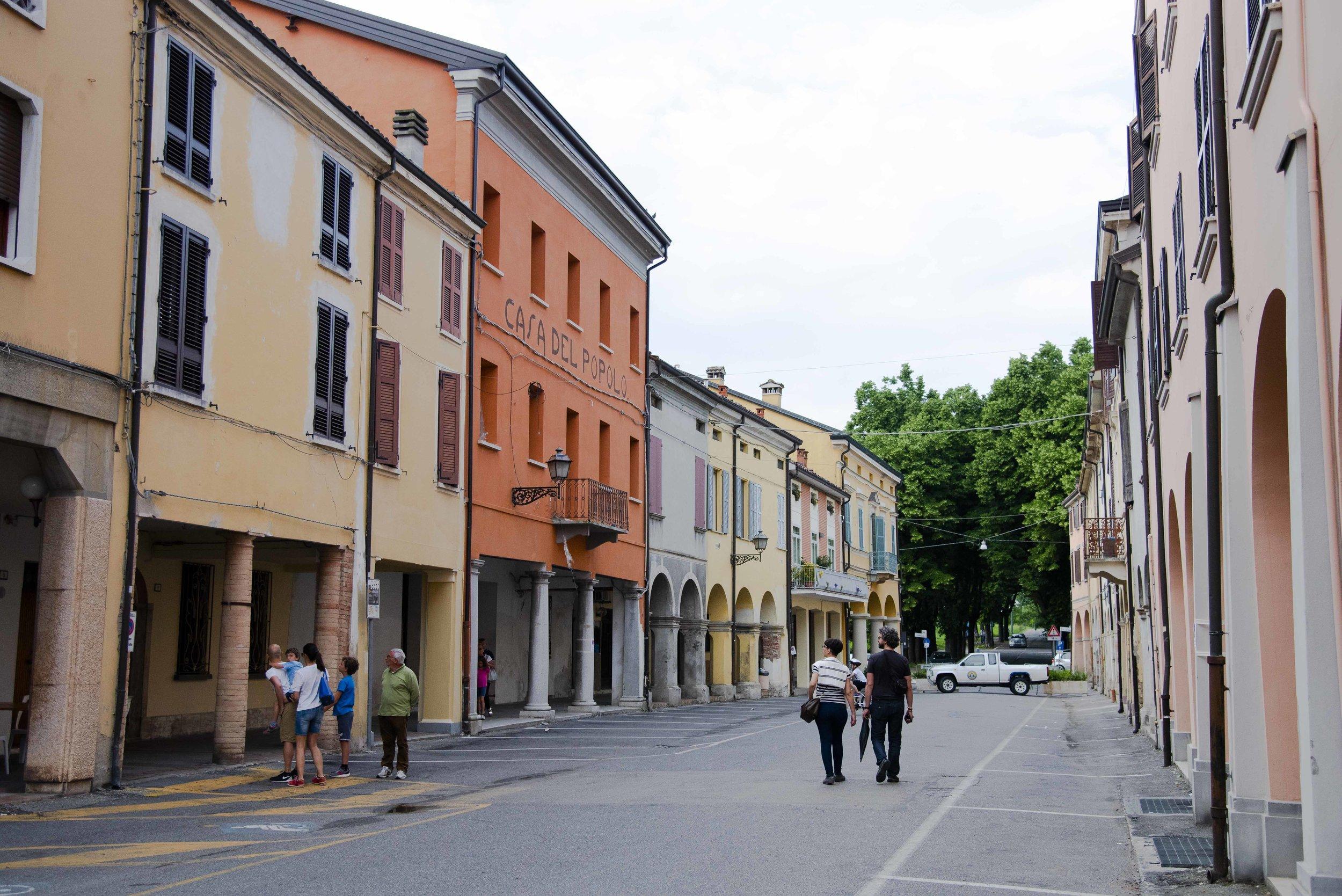 Casa del Popolo in via Panizzi. Foto di Valerio Greco
