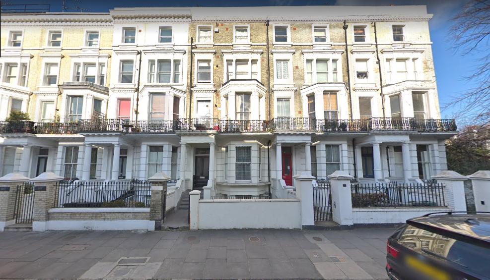 100 di Holland Road, Kensington, Londra.