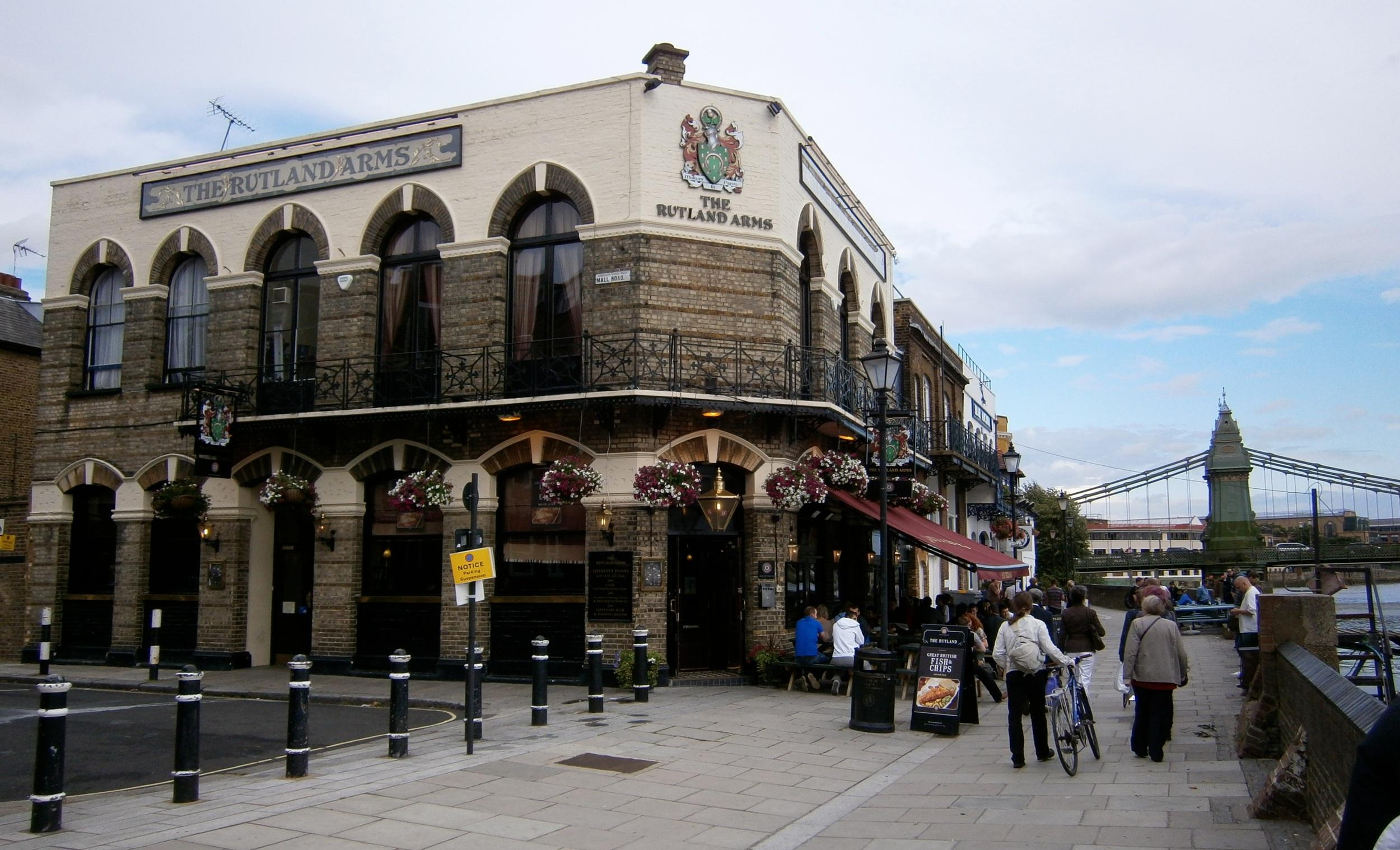 Rutland Arms, 15 di Lower Mall, Hammersmith, London. Foto di R. N. Foster