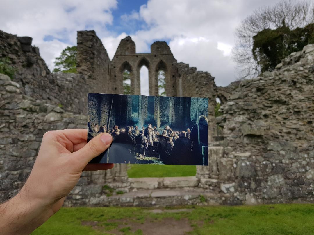 Inch Abbey, Irlanda del Nord. Foto di Greta Cinalli. Fotogramma:  Game of Thrones , HBO